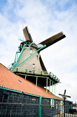 Photo of Amsterdam Amsterdam Super Saver 2: Windmills, Delft, The Hague and Madurodam Day Trip Zaanse Schans