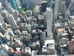 Photo of New York City Shared Arrival Transfer: New York Airports to Hotel Du haut de l'Empire State Building.