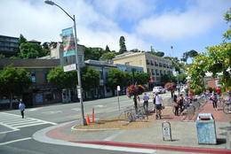 main street going through Sausalito , Julio B - August 2013