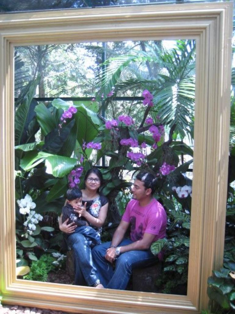 Nazo, Zinz and I in the Orchid Gardens - Singapore