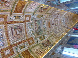 Wonderful ceiling walking in the long hall towards the Sistine chapel , Matthias R - June 2015