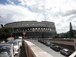 Approaching the colosseum , Noemi D - September 2013