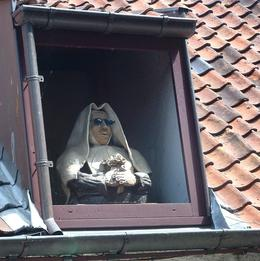 This wooden statue in the window made us laugh. - August 2010