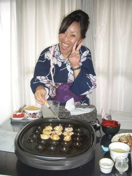 Yayo demonstrating how to cook Takoyaki , Ben - November 2015