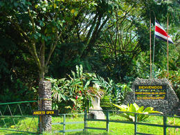 Main entrance to Arenal Volcano National Park , erickht - March 2013