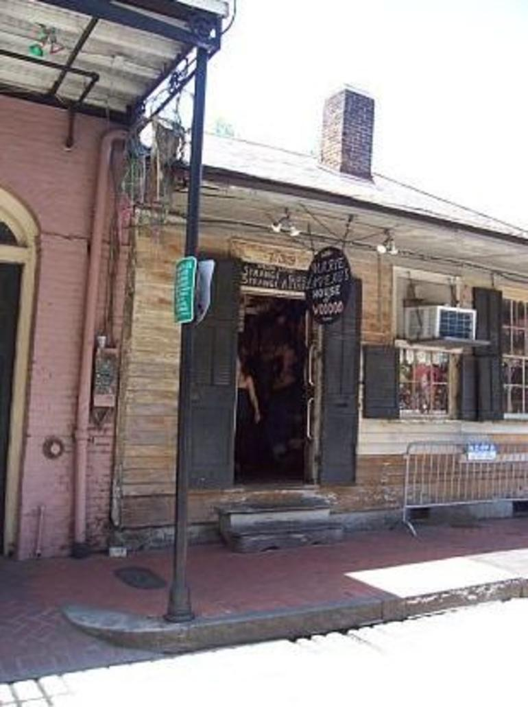 French Quarter Shops - New Orleans
