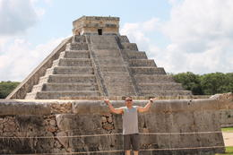 Photo of Cancun Viator Exclusive: Early Access to Chichen Itza with a Private Archeologist Lifting the mountain