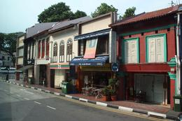 Singapores old shop houses, preserved for all to see, Kay T - March 2010