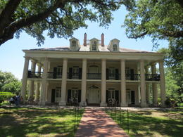 Photo of New Orleans Experience Cajun Country: Swamp Boat Adventure and Plantations Full-Day Tour from New Orleans Oak Alley Plantation