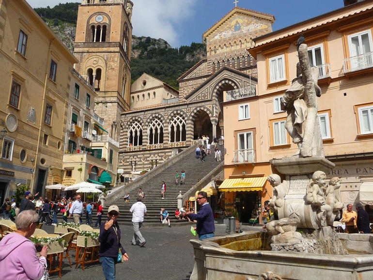 Stop in Amalfi - Naples