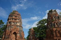 Cambodian style temple , Artur D - November 2015