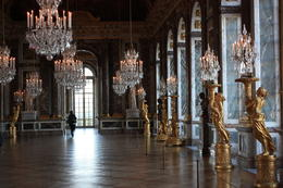 Photo of Paris Viator VIP: Palace of Versailles Small-Group Tour with Private Viewing of the Royal Quarters Chamber of Mirrors