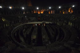 Photo of   Colosseum at night