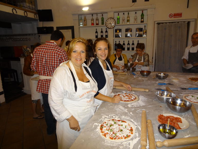 Pizza Makers - Veronica and Noelle - Florence