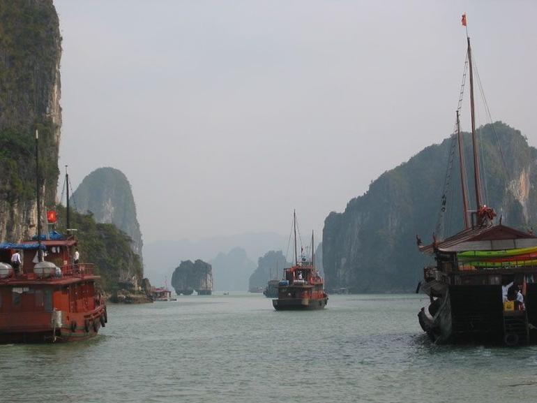 Halong Bay Overnight Junk Boat Cruise - Hanoi