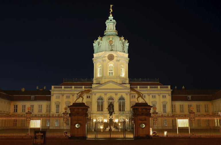 The Palace at night - Berlin