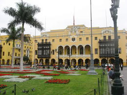 City Hall of Lima., Bandit - June 2012