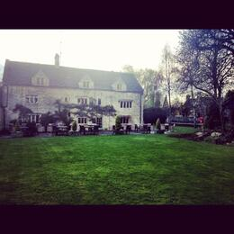 Stayed in Lower Slaughter for a few nights - this is the postcard-perfect hotel in the center of this small village, highly recommended. , Skootre - April 2012