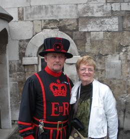 Photo of London Skip the Line: Tower of London Tickets Guard at the gate of the Tower and me
