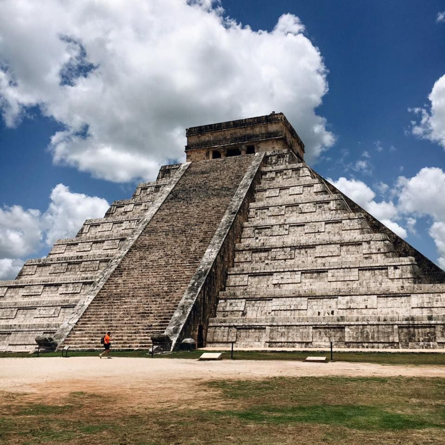 Chichen Itza Deluxe Day Trip from Cancun