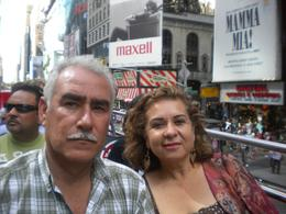 Pepe y Paty in the New York Hop on Hop Off tour bus., Patricia G - July 2010
