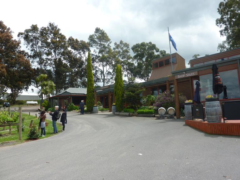 Lunch time at Ferguson's Winery - Melbourne