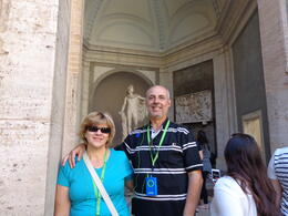 Photo of Rome Skip the Line Vatican Museums Walking Tour with Portuguese-Speaking Guide: Sistine Chapel and St Peters Basilica Interior do Vaticano