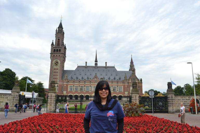 Palace in Hague... -