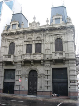 Another building in downtown Montevideo., Bandit - June 2012