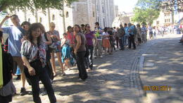 Photo of London London Pass queue at TOWER OF LONDON to see HER MAJESTY'S JEWELS