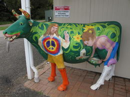Photo of Launceston Cradle Mountain National Park Day Tour from Launceston Another Cow Sculpture