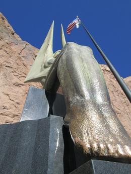 Photo of Las Vegas Hoover Dam Hummer Tour Sculpture by Oskar J.W.Hansen.