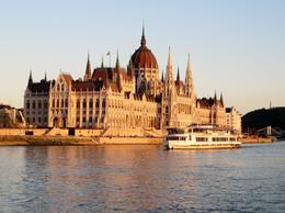 One of so many photos taken of the Parliament building, as well as so many other great sights and scenery on the Danube River Dinner Cruise..though we opted for the Drinks option and spent the ... , Perry E - May 2014