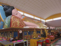 visiting the Wat Chaiya Mangalaram Thai Buddhist Temple , dimitrakis v - November 2015