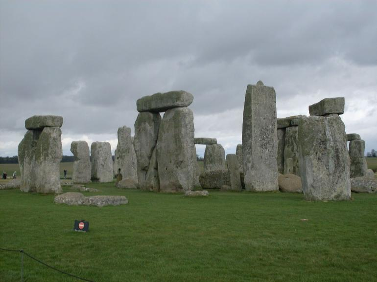 Stonehenge, in the wind - London
