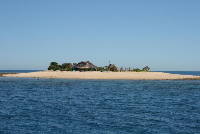 The little island stopover!! - Fiji