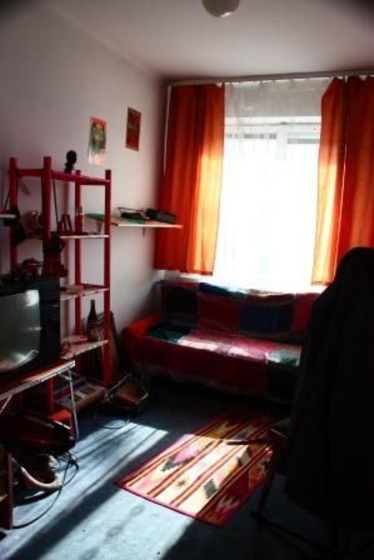 Gedroom in old apartment in Nowa Huta - Warsaw