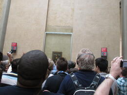 Photo of Paris Skip the Line: Paris Louvre Museum Guided Tour This is the Crowd at Mona's feet