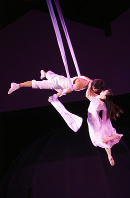 Photo of Shanghai Shanghai Circus World: ERA Intersection of Time Acrobatics Show Forever.JPG