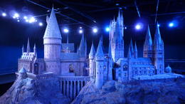 Photo of London Harry Potter Tour of Warner Bros. Studio in London Le Chateau Miniature de HP - WB Studio