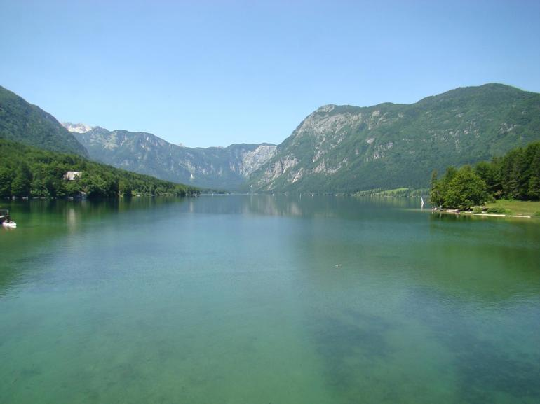 Our first stop ...a picturesque lake near the waterfall - Ljubljana