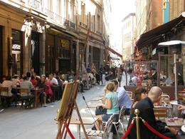 A typical lunchtime in Lyon, all the bouchons are quite busy., Tighthead Prop - September 2010