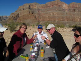 Photo of Las Vegas Grand Canyon All American Helicopter Tour Picknick im Grand Canyon