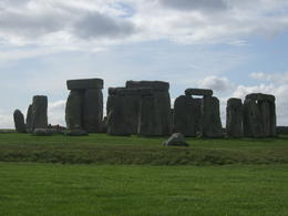 Took a photo of the Stonehenge despite the chilling wind. , Fenix A - May 2013