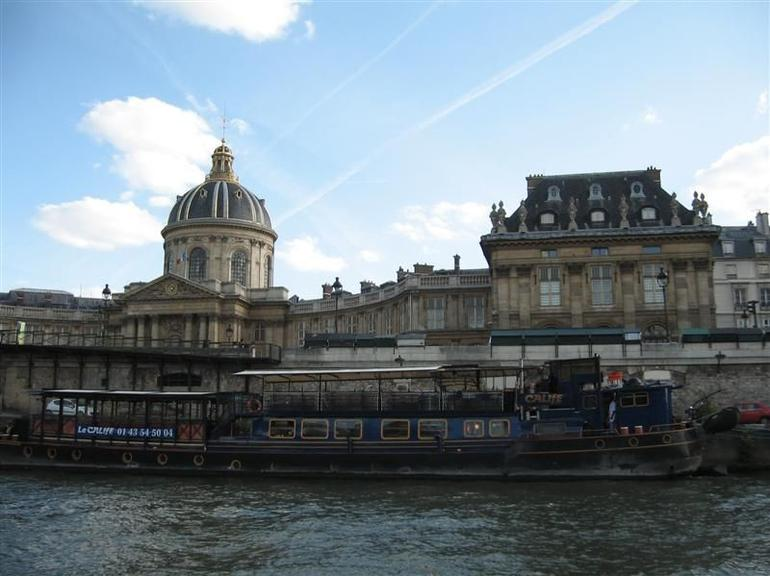 The Boat Tour - Paris