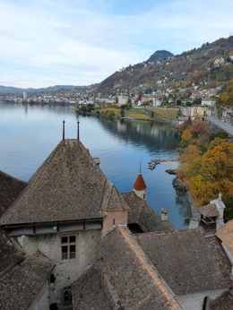 A view of Lake Geneva from the castle., kellythepea - October 2010