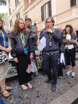Photo of Rome Skip the Line: Vatican Museums Walking Tour including Sistine Chapel, Raphael's Rooms and St Peter's De gids