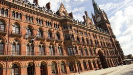 St. Pancras station featured in HP 2., Travel Mom - July 2011