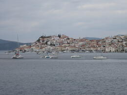 Island of Poros , rovisco - November 2011