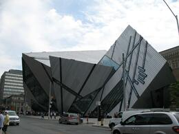 Exterior of Royal Ontario Museum - Toronto - July 2009, ATHANASIOS M - July 2009